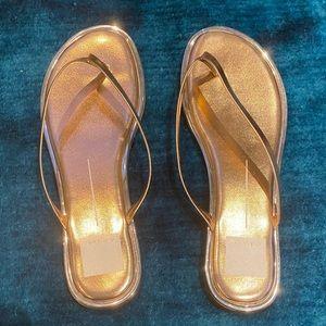 Dolce Vita Women's Rose Gold Flip Flops/Thongs